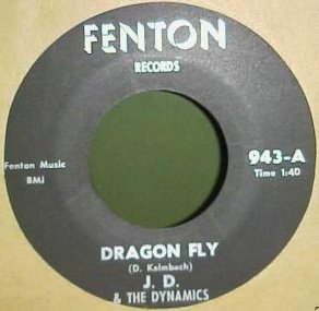 JD and the Dynamics - Dragon Fly (Fenton 943-A)